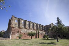 Free Abbey Of San Galgano At Morning Stock Image - 33299301