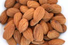 Free Almonds Royalty Free Stock Photography - 3330397