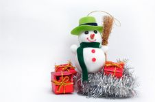 Free Christmas Snowman Royalty Free Stock Photo - 3331775