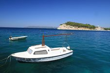 Free Motor Boat Stock Photography - 3333822
