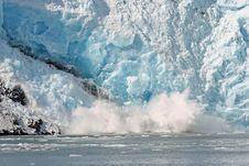 Free Alaska Glacier Crashing Stock Image - 3339111