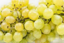 Free Yellow Grapes Royalty Free Stock Photo - 33301805