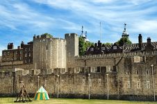 Free The Tower Of London Royalty Free Stock Images - 33304549