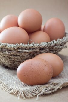 Free Eggs Royalty Free Stock Photography - 33311407