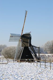 Free Windmill In The Netherlands Stock Photos - 33311693