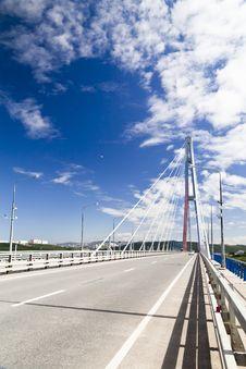 Free Big Suspension Bridge Royalty Free Stock Images - 33330309