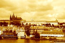 Free St. Vitus Cathedral In Prague Stock Photography - 33332672