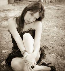 Free Sensuality Gothic Girl Stock Image - 33357331