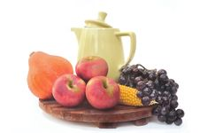 Free Autum Fruits Royalty Free Stock Photography - 33359037