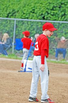 Free Little League Baseball Player. Royalty Free Stock Images - 33374469