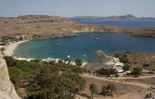 Free View From Above Of The Main Beach In Lindos Stock Photos - 33374613