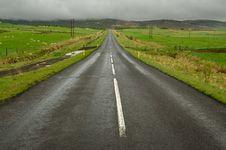 Free Icelandic Road Royalty Free Stock Photos - 33396818