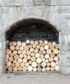 Free Stack Of Wood Royalty Free Stock Image - 33403066