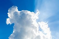 Free Clouds In The Blue Sky Royalty Free Stock Photo - 33403775