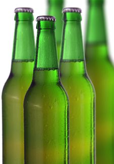 Free Row Of Beer Bottles Stock Photos - 33405153