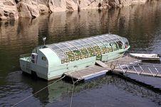 Free Touristic Boat Stock Photo - 33417200