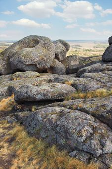 Free Ukraine. Natural Reserve Stone Tombs Royalty Free Stock Photography - 33419587