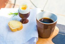 Free Outdoor Breakfast Royalty Free Stock Photos - 33456608