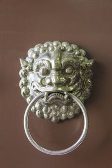 Traditional Chinese Door Handle And Knocker Royalty Free Stock Photo