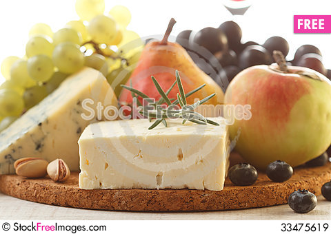 Free Cheese And Fruits Royalty Free Stock Images - 33475619