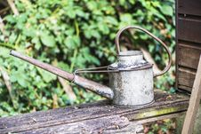 Free Old Buttered Watering Can Stock Photo - 33471910