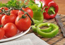 Free Vegetables. Stock Photo - 33472130