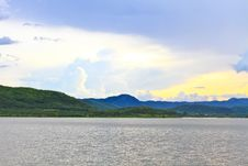Free Sunset, Kaeng Krachan Dam Stock Photography - 33472862