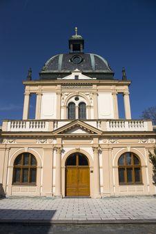 Free Synagogue Royalty Free Stock Image - 33477946
