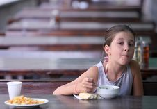 Free Child Eats In A Restaurant Stock Photos - 33478353