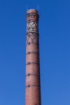 Free Chimney Of Old Brewery Stock Images - 33488534