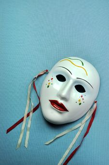 Free Pale Blue Ceramic Mask. Vertical With Copy Space. Royalty Free Stock Photo - 33493605