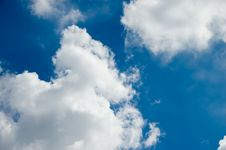 Free Sky And Clouds Royalty Free Stock Images - 3350859