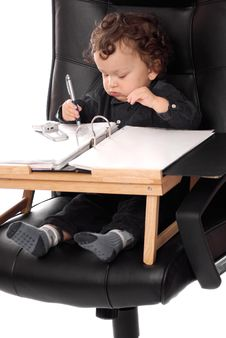 Free Infant Businessman And Desk Royalty Free Stock Photos - 3351528