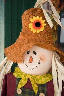 Free Scarecrow Doll Royalty Free Stock Photo - 3352575