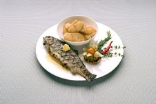 Free Grilled Fish Royalty Free Stock Image - 3356076