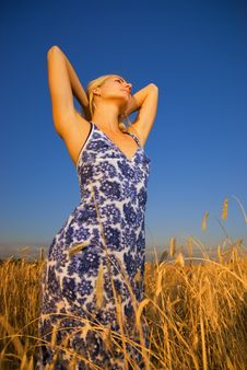 Free Girl Relaxing In The Field Royalty Free Stock Images - 3358599