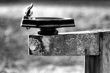 Free Weathered Water Fountain Royalty Free Stock Photos - 3359208