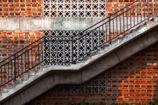 Free Outdoor Staircase Stock Image - 33507111