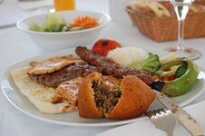 Free Traditional Turkish Meal Royalty Free Stock Photos - 33508238