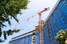 Free Elevating Crane Stock Images - 33510734