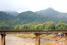 Free Bridge Over River In Rainforest,Nong Khiaw,Laos Stock Images - 33513974