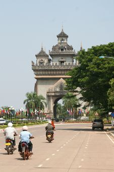 Free French Patuxai Monument In Vientiane, Laos Royalty Free Stock Images - 33514149