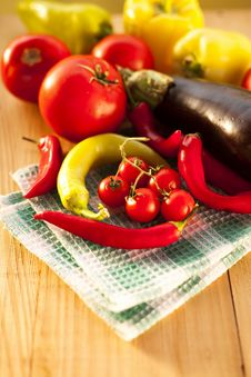 Free Fresh Vegetables Stock Photo - 33562790