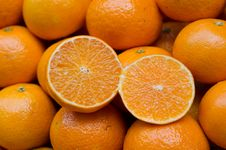 Free Oranges Royalty Free Stock Image - 33565656