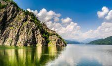 Free Vidraru Lake Royalty Free Stock Images - 33577179