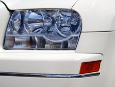 Free The Car Headlight Royalty Free Stock Photo - 3367375