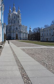 Free Smolny Cathedral Royalty Free Stock Photography - 33607567