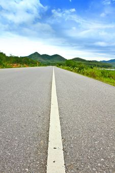 Free View Of Asphalt Road Stock Photography - 33611892