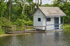 Free Floating Cottage Royalty Free Stock Photo - 33653295