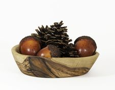 Free Pine Cones And Nuts In Wood Bowl Stock Image - 33654901